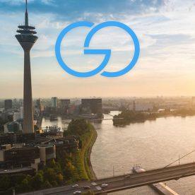 Skyline von Düsseldorf mit goflux Logo